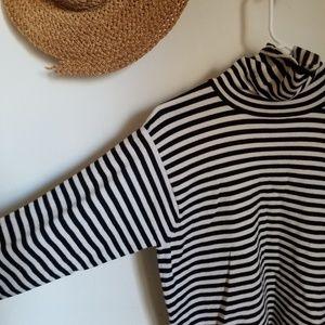 Vintage wool striped turtleneck